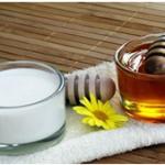 هفت دلیل خوب برای خوردن شیر و عسل